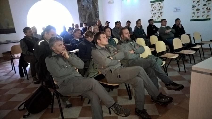 Squadre di emergenza orso si trovano in Trentino