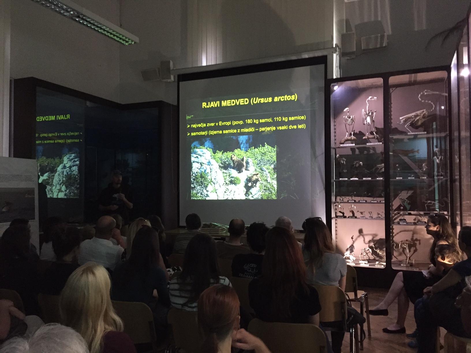 Znani zmagovalci natečaja FINDING BEARINGS, razstava v Prirodoslovnem muzeju na ogled do konca avgusta